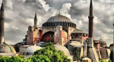 موسكو: قرار أنقرة تحويل آيا صوفيا لمسجد شأن داخلي