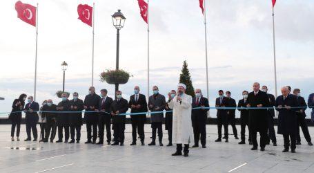 """""""ياسّي أدا"""".. جزيرة تطوي صفحة انقلابات تركيا"""