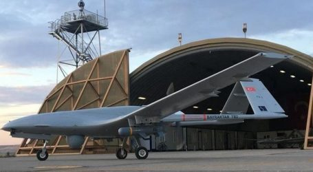 """طائرة """"بيرقدار"""" تحطم رقما قياسيا في التحليق"""