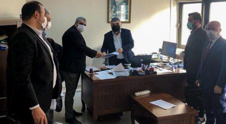بعد توفي أحدهم..هكذا يسهم الأطباء السوريون في مواجهة كورونا بتركيا
