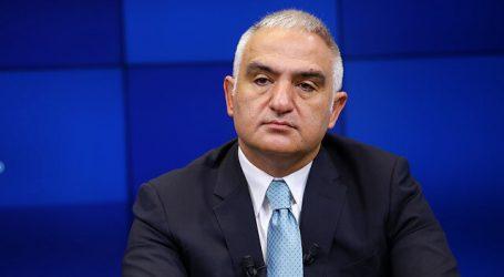 """وزير تركي: سنفتتح مراكز """"إختبار كورونا"""" في المطارات التركية"""