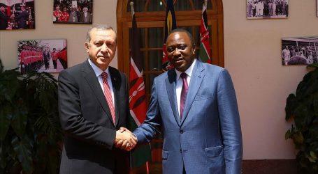 أردوغان يبحث مع الرئيس الكيني التطورات الإقليمية