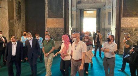 """سفير واشنطن بأنقرة يزور """"آيا صوفيا"""" بعد تحويلها لمسجد"""