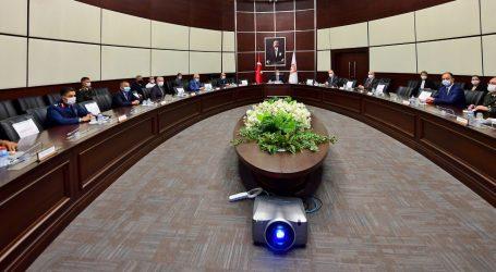 مباحثات عسكرية رفيعة بين تركيا وأذربيجان حول الصناعات الدفاعية