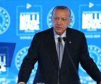 أردوغان يحذّر ماكرون وينصح اليونان
