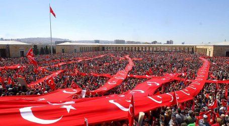 تركيا بلا حليف