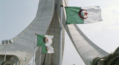 """مسؤول جزائري يدعو إلى """"جهاد علمي"""" لاستئصال الثقافة الفرنسية"""